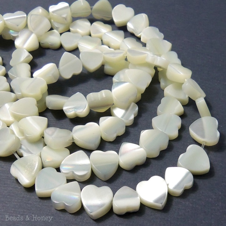 Troca Shell Heart Beads